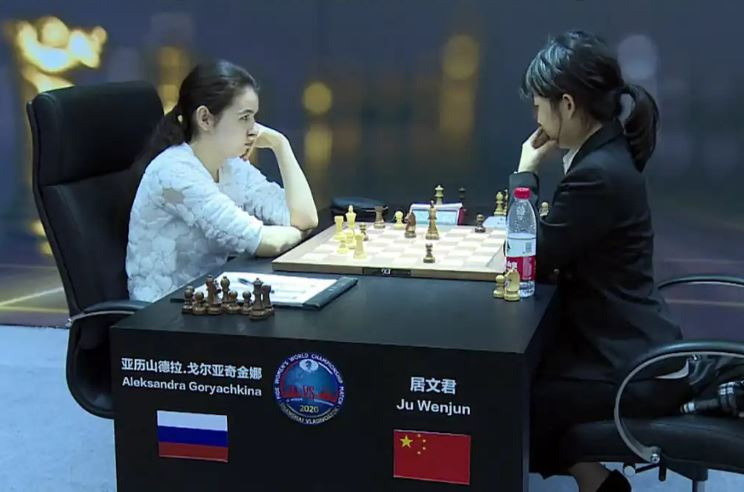 Russia's Aleksandra wins Game 5, evens score (2½ to 2½) at 2020 Women's World Chess Championship match!
