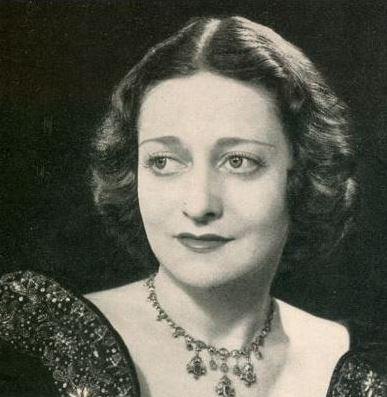Gisela Kahn Gresser black and white portrait wearing beautiful necklace