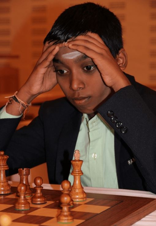 "14-Year-Old Grandmaster ""Pragg"" Wins Under 18 Years Old 2019 World Youth Championship!"