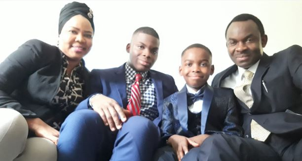 mom Oluwatoyin, brother Austion, Tani and father Kayode August 2020